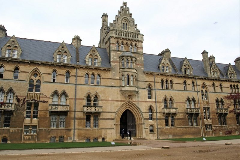 Large yellow-coloured building (Christ Church College)